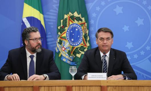 Jair-Bolsonaro-Ernesto-Araújo-Foto-Marcos-Corrêa-PR